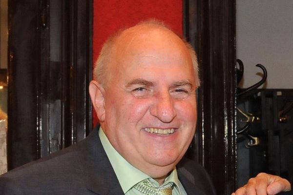 dr. Gyimesi László
