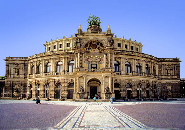 Semperoper, Drezda