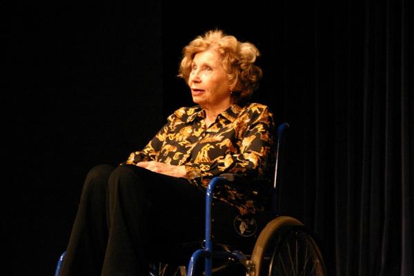 Schubert Éva a Macskajátékban az IBS Színpadon