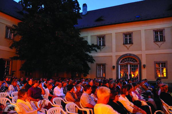 Plein air koncertek - Kiscelli Múzeum