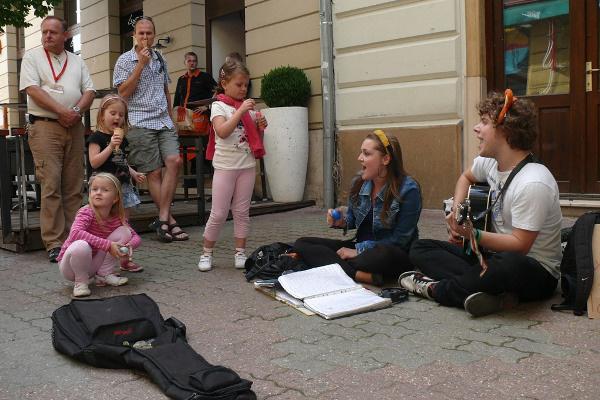 Mindenhol zenélnek - 13. Pécsi Országos Színházi Találkozó - 7. nap