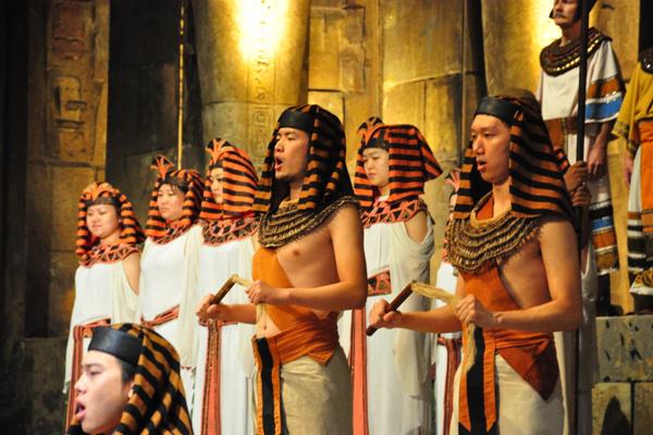 Kultúrák találkozása - Az Operaház Kínában