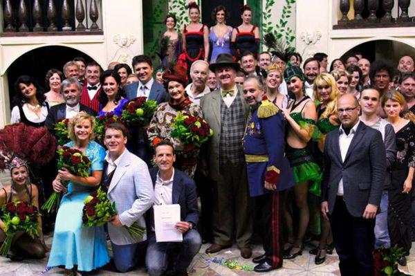 Budapesti Operettszínház nemzetközi turnén