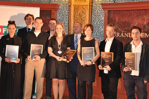 A 2013. évi Junior Prima díjasok Dr. Spéder Zoltán társaságában