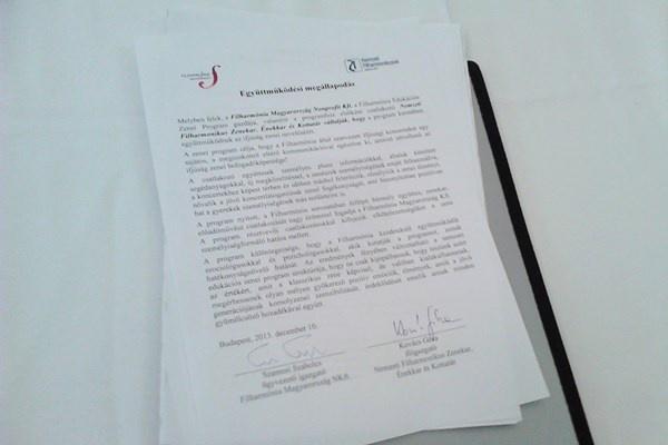 A Filharmónia Magyarország Nonprofit Kft. és a Nemzeti Filharmonikus Zenekar, Énekkar és Kottatár között létrejött együttműködési megállapodás aláírt példánya
