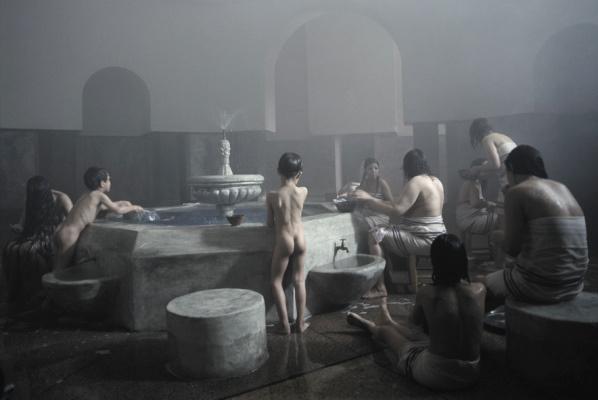 Zarin (2005) filmrészlet - Copyright Shirin Neshat - A művész és a Gladstone Gallery (New York, Brüsszel) engedélyével