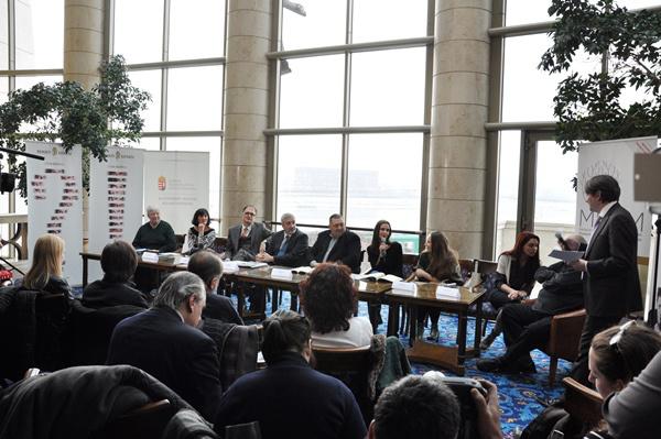 MITEM-sajtótájékoztató a Nemzeti Színházban