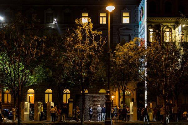 Múzeumok éjszakája 2014 - Közben rásötétedett a Terror Házára is