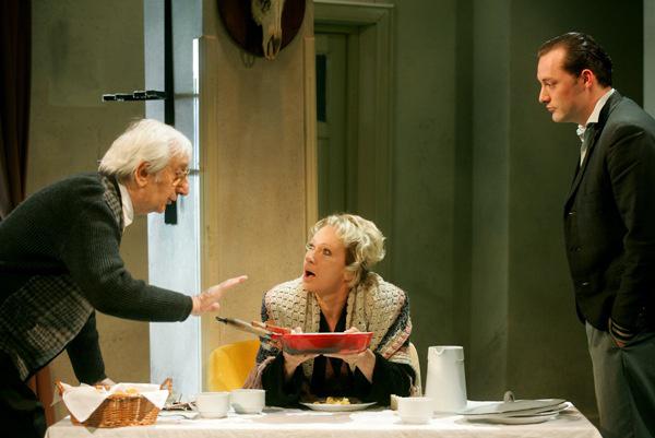 A Nemzeti Színház 2006/2007-es évada - Szigliget - Garas Dezső, Udvaros Dorottya, Marton Róbert