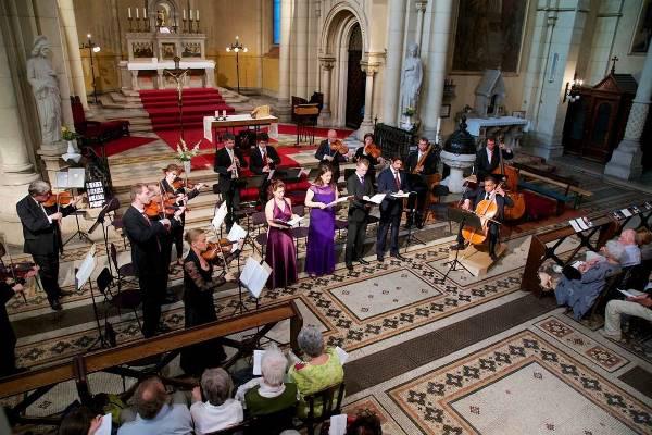 Budapesti fesztiválzenekar Bach-koncertje a Bakáts téri templomban