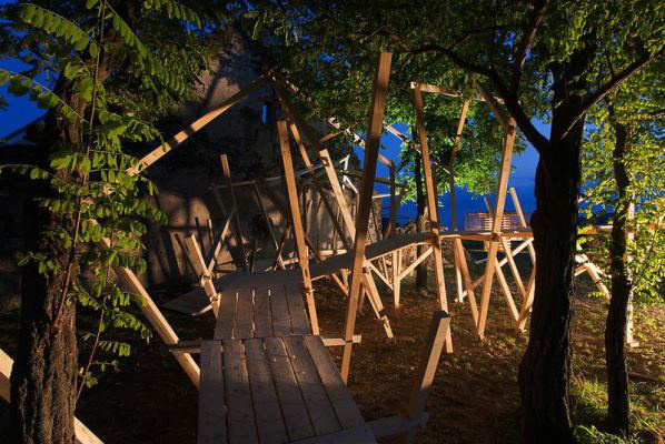Hello Wood alkotások - Labirinth