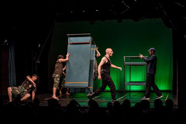 Színházak éjszakája 2014 - Kampókemp a Kolibriben
