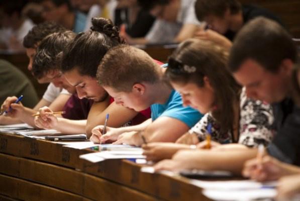 egyetemisták, illusztráció