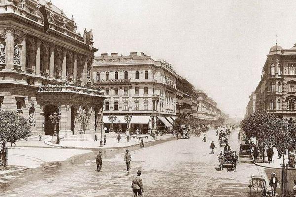 Az Operaház 1896-ban