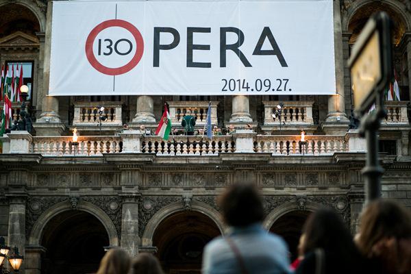 Opera 130