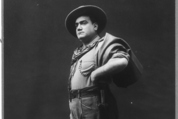 Caruso (Forrás: Wikipédia)
