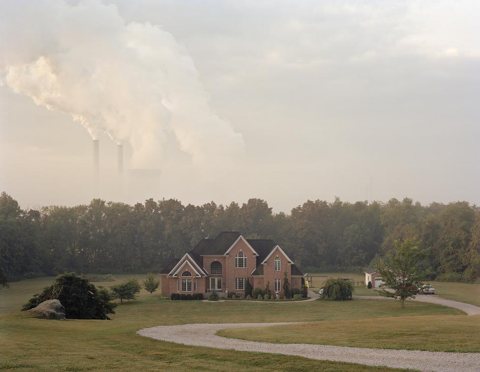 Magányos villa egy erőmű szomszédságában, Ohio államban.