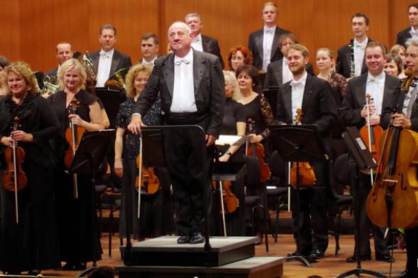 Gál Tamás és a Miskolci Szimfonikusok (fotó Dobos Klára)