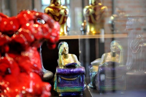 Kerámiák a Zsolnay-kiállításon