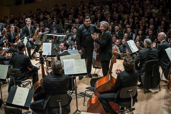 Michael Tilson Thomas Rácz Ödön és a Bécsi Filharmonikusok