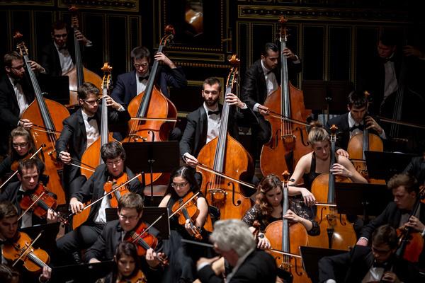 Zeneakadémia - Vonós hallgatók (fprrás: Zeneakadémia, fotó: Mudra László)