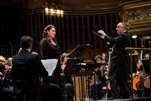 Németh Judit és a Miskolci Szimfonikus Zenekar