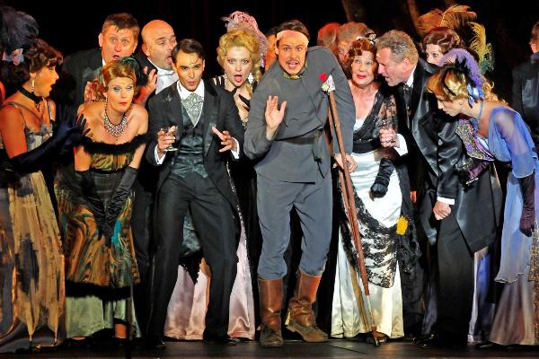 Barkóczi Sándor az Elfújta a szél c. musicalben