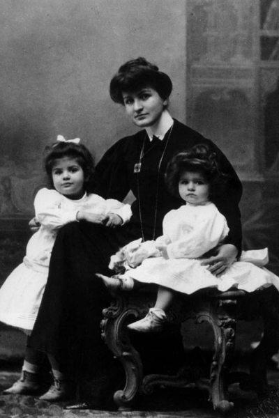 Alma Maria Mahler-Werfel gyermekeivel