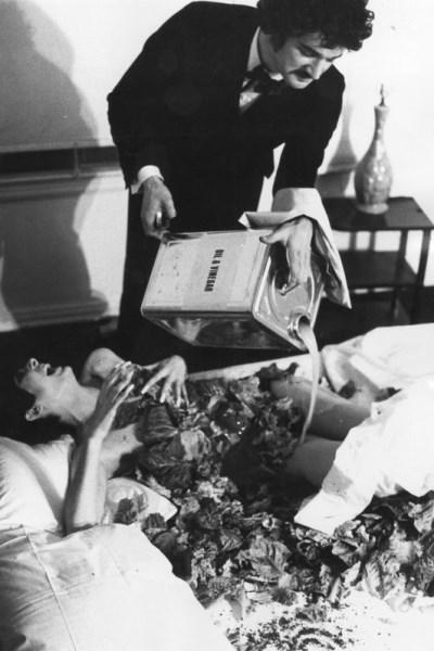 Ed Ruscha: Premium, 1961.