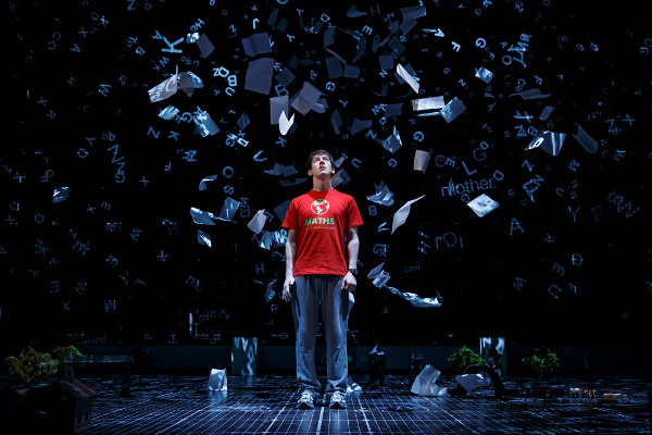 The Curious Incident of the Dog in the Night-Time (Forrás Curiousonbroadway.com)