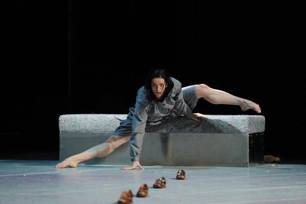 Kozár-Manz Eszter - Tanztheater Dramstadt: Ulrike Meinhof (Fotó: Andreas Manz-Kozár)