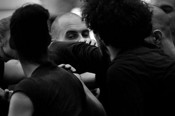 KET - Elzenélt tánc, fotó: Dobos Gergely