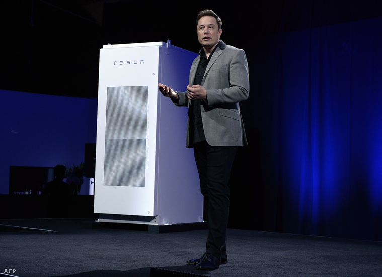 Elon Musk és a Tesla Powerpack