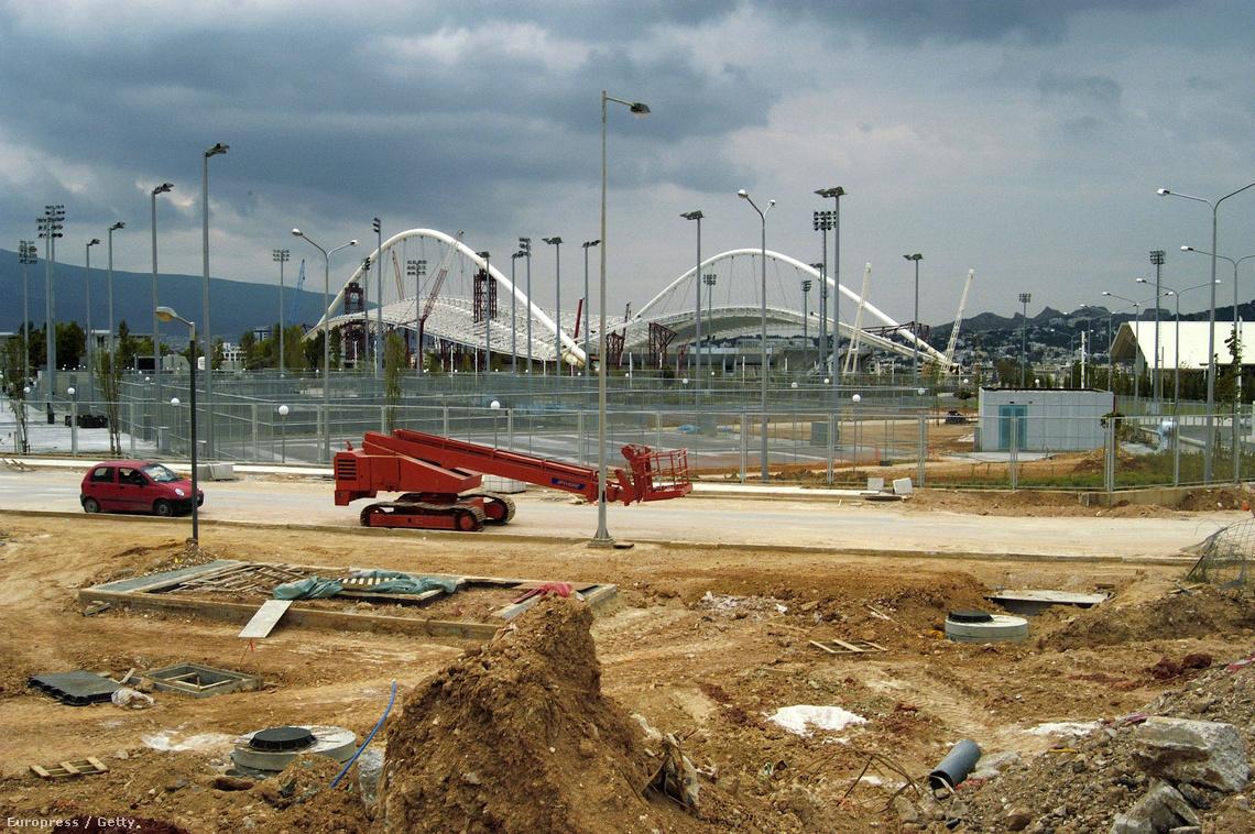 Néhány hónappal az olimpia előtt még javában dolgoztak a stadionokon