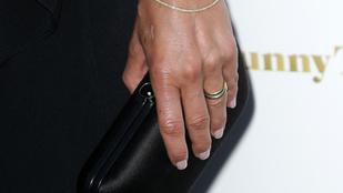Ilyen Jennifer Aniston jegygyűrűje