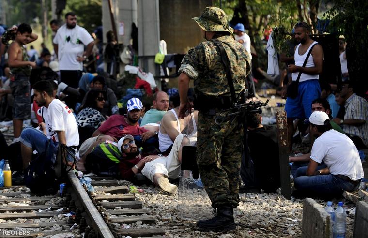 Menekültek a görög–macedón határon augusztus 20-án