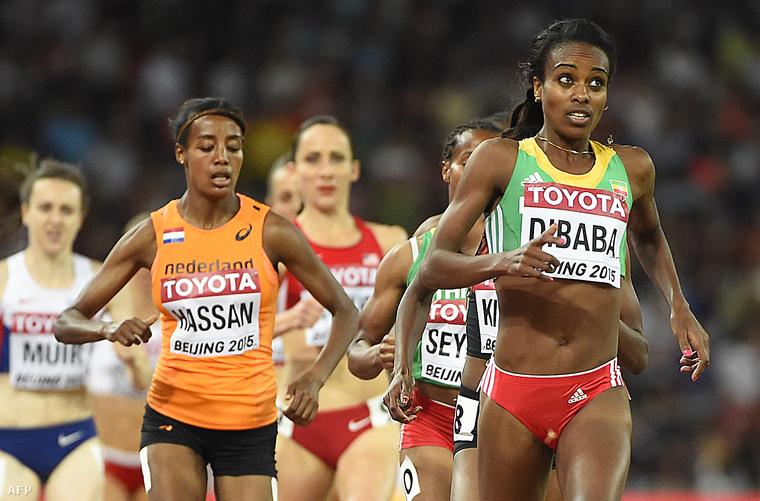 Genzebe Dibaba az élen a női 1500 méteres síkfutás döntőjében