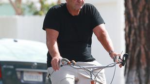 Al Bundy elég menő a biciklin