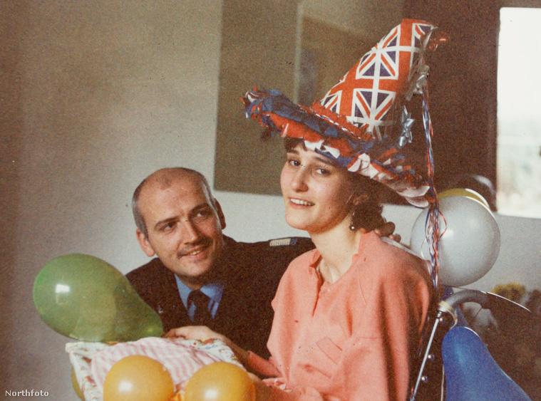 Anthony Foley és Maxine Jones eljegyzési partija 1988-ban