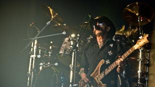 Lemmy megint rosszul lett a színpadon