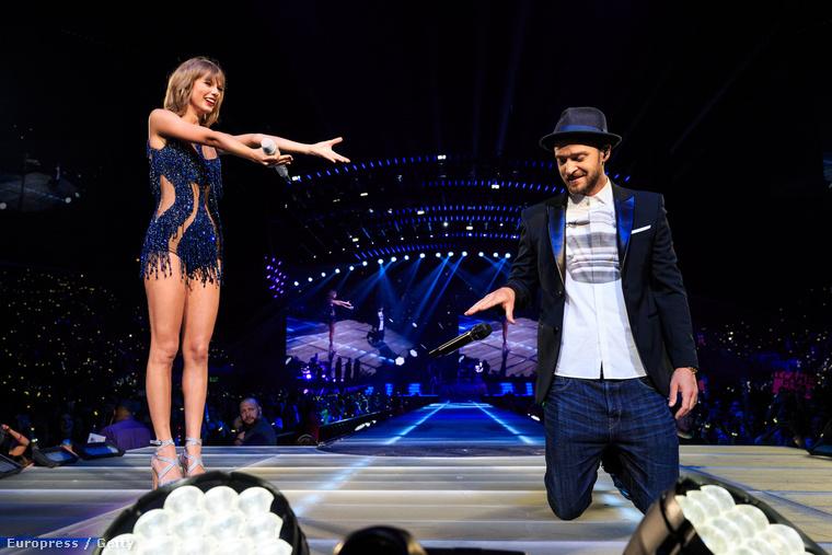 Taylor Swift rámutat Justin Timberlake kalapjára