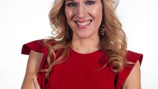 Gipszbe öntötték Wolf Kati arcát