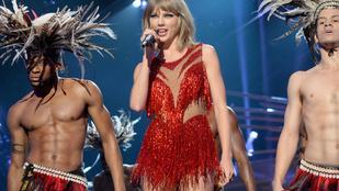 Most akkor fingott Taylor Swift élő adásban, vagy sem?