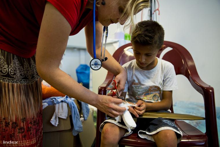 Önkéntes orvosok jelentkezését is várják