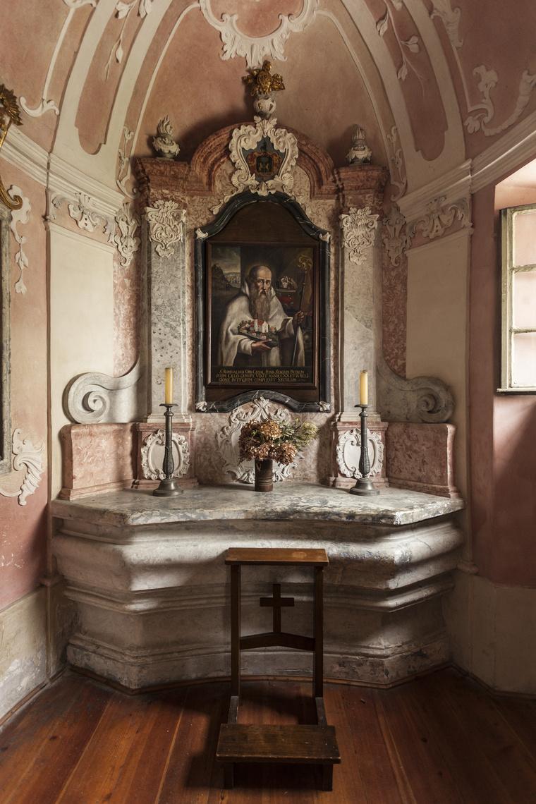 Egy cellaház kápolnája,kamalduli remeteség, Majk