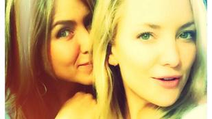 A világ legszebb közös szelfijét készítette el Aniston és Kate Hudson
