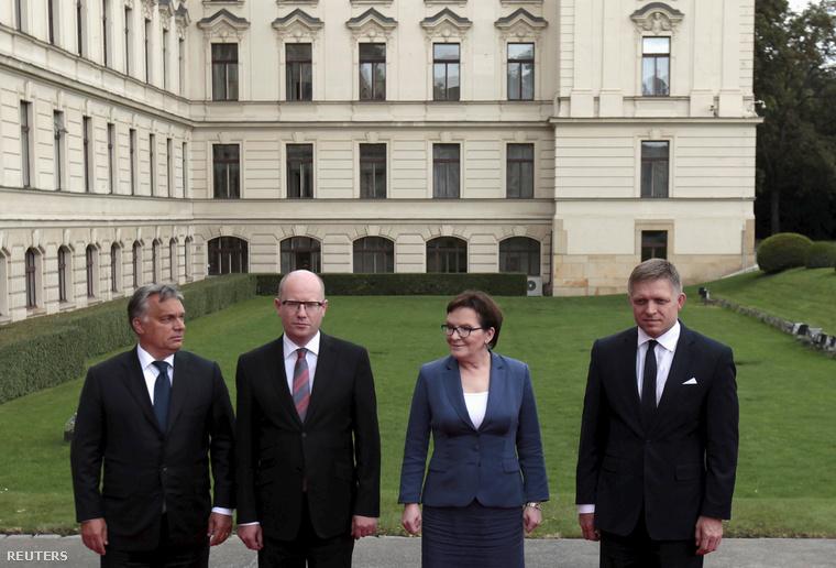 Orbán Viktor, Bohuslav Sobotka, Ewa Kopacz és Robert Fico Prágában