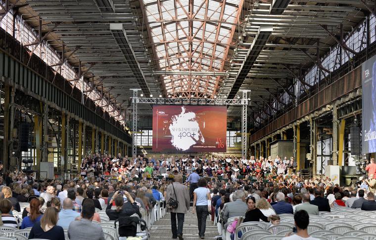 Az Operaház évadnyitója az Eiffel-csarnokban