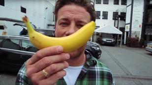 Tényleg nem fogja elhinni, mit csinált Jamie Oliver egy banánnal