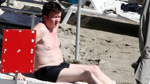 Úristen, Rick Astley! Fürdőgatyában! 50 évesen! Jöhet?